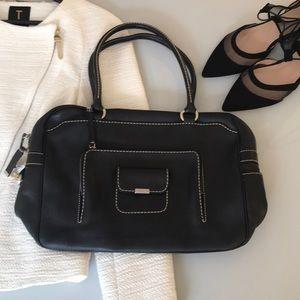 TOD'S - Pebbled leather shoulder bag